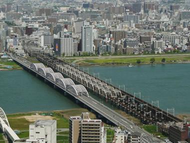 各地でのエリアマネジメントの取り組みの広がりや、大阪版BIDを始め、エリアマネジメントに向けた制度仕組みの充実もありエリアマネジメントは今後の都市づくりを担う重要な役割が期待される。